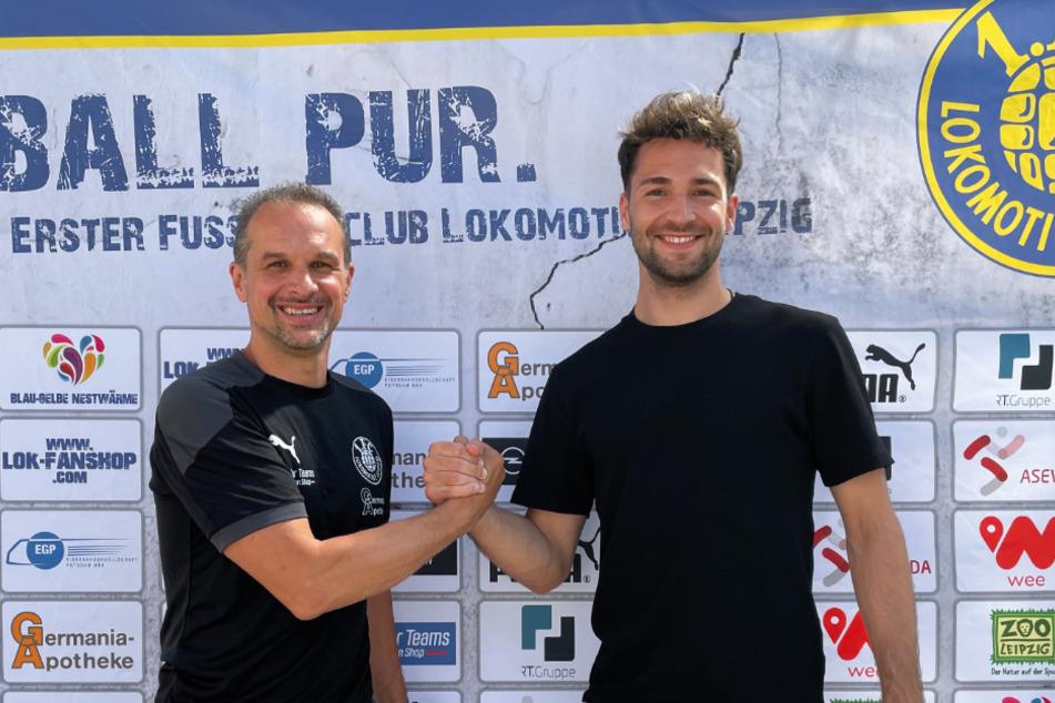 Jan-Ole Sievers (26, rechts) zusammen mit Loks Sportdirektor und Chef-Trainer Almedin Civa (49).
