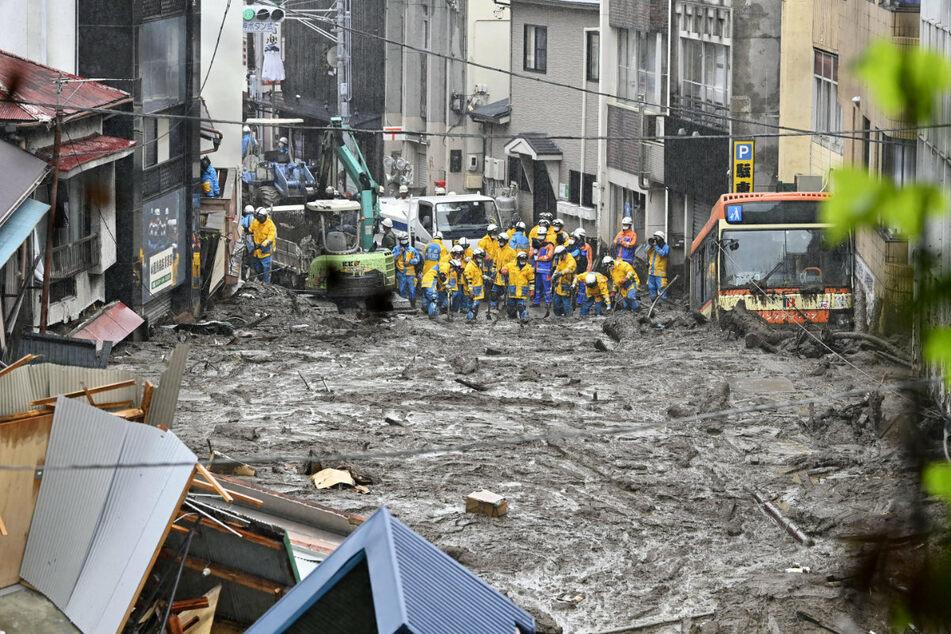 Gewaltige Schlammlawine in Japan: Dutzende vermisst, vier Tote