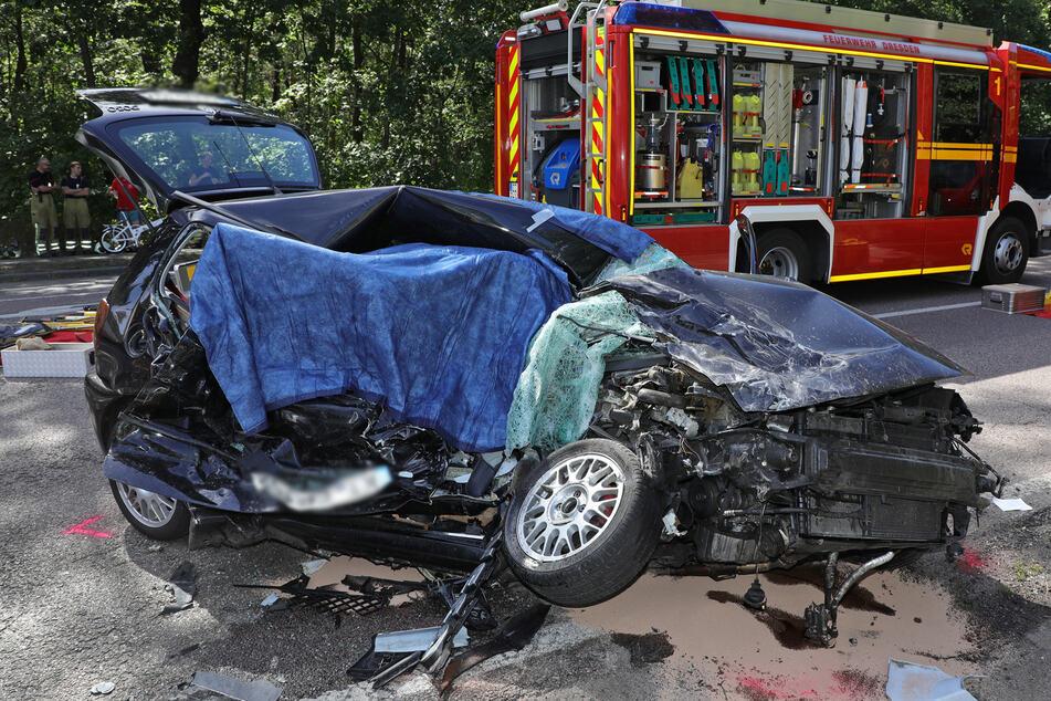 Bei einem Unfall am 30. Juli auf der Moritzburger Landstraße in Dresden starb die Beifahrerin (†77) im Polo.