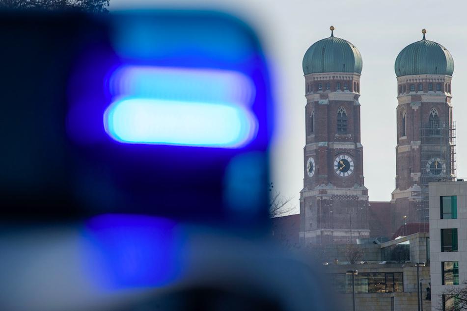 Die Mordkommission ermittelt in München nachdem ein Mann tödlich verletzt wurde. (Symbolbild)