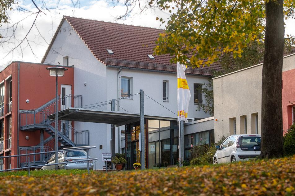 In dem Pflegeheim am Goetheplatz haben sich 70 Personen mit dem Coronavirus infiziert.