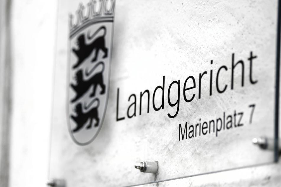 Vor dem Landgericht in Ravensburg wurde eine 16-Jährige zu neuneinhalb Jahren Haft verurteilt. (Archivbild)