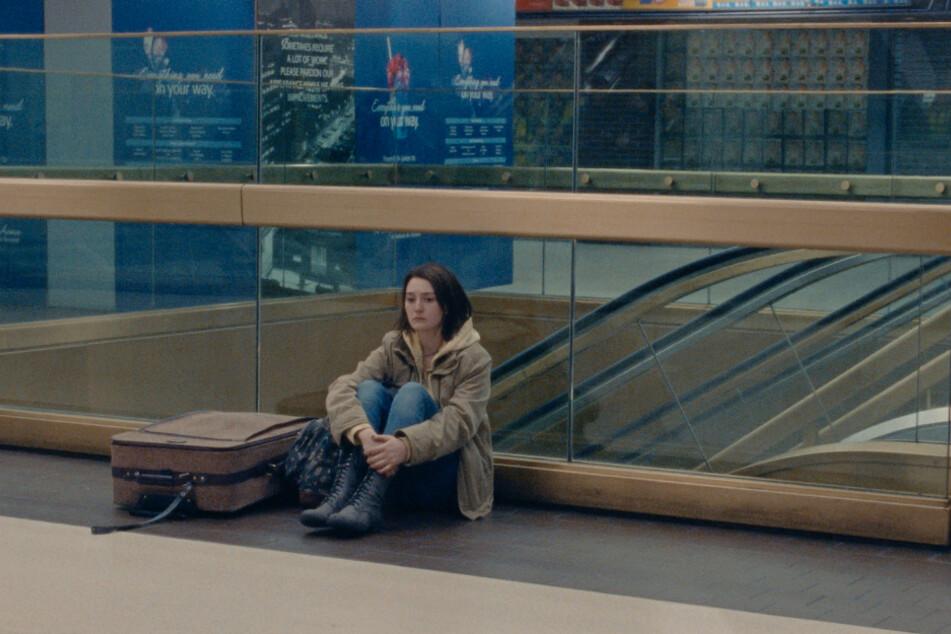 Nicht nur in dieser Szene wird deutlich, wie alleingelassen sich Autumn Callahan (Sidney Flanigan) in dieser komplizierten Welt mit ihren Problemen fühlt.