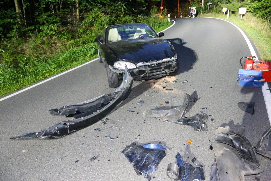 Schwerer Unfall bei Augustusburg: Mehrere Verletzte bei Frontalcrash