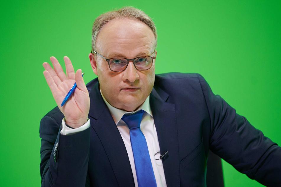 Köln: Welcher Komiker macht hier einen auf Oliver Welke?