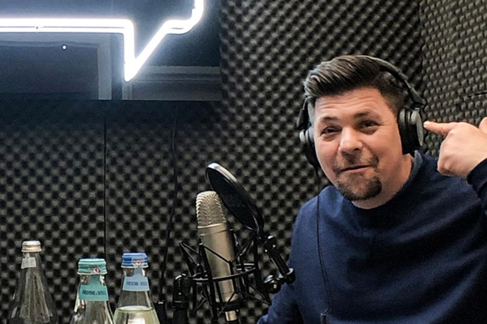 "TV-Koch Tim Mälzer verrät: Er hört ""Beerdigungsmusik"" am Herd"