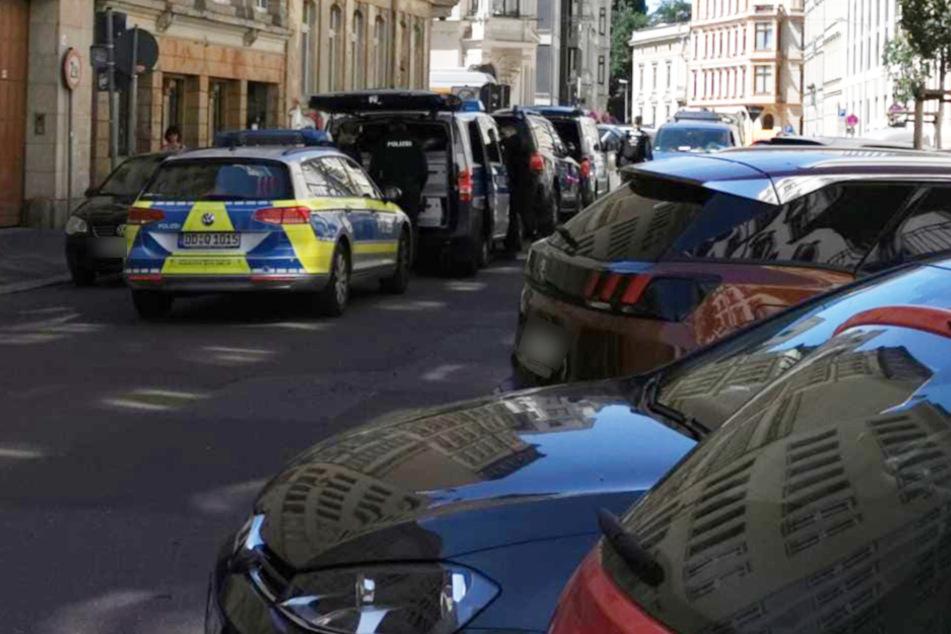 Mann festgenommen! Spezialeinheit im Leipziger Zentrum im Einsatz
