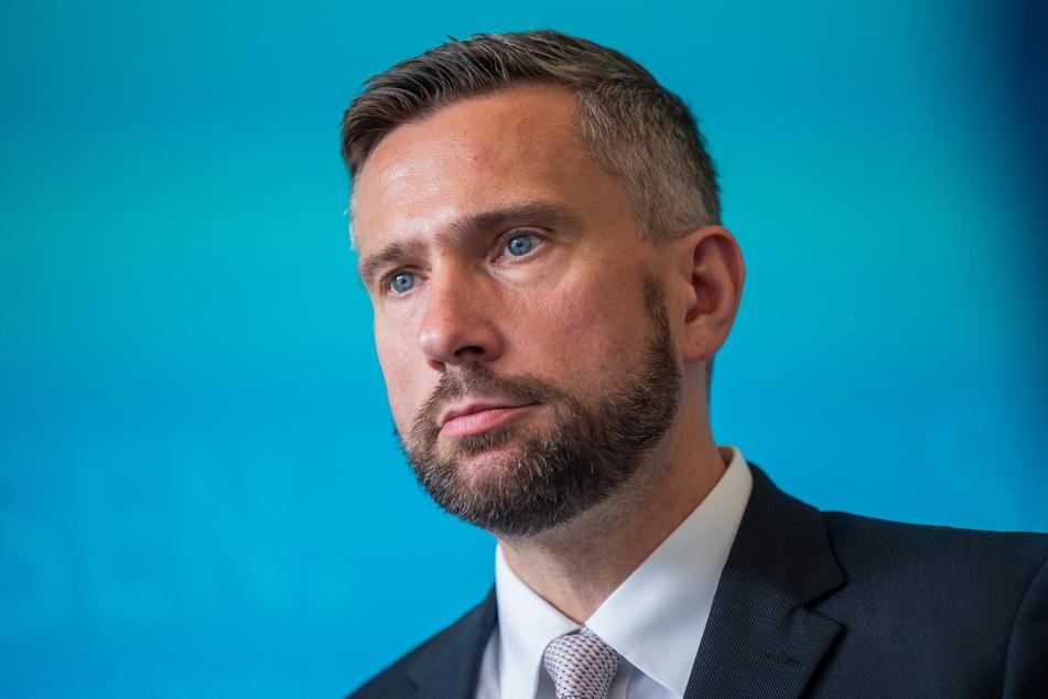 Martin Dulig (47, SPD) verlängert den sächsischen Stabilisierungsfonds.