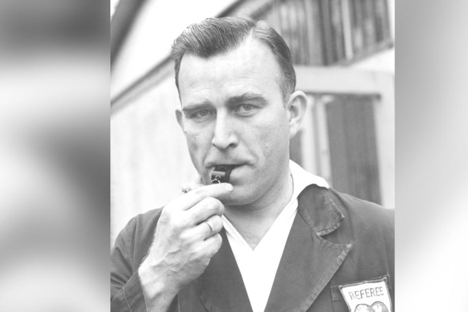 Mit 41 Jahren hatte der Sachse Rudi Glöckner seinen großen Durchbruch als Schiedsrichter der Fifa.