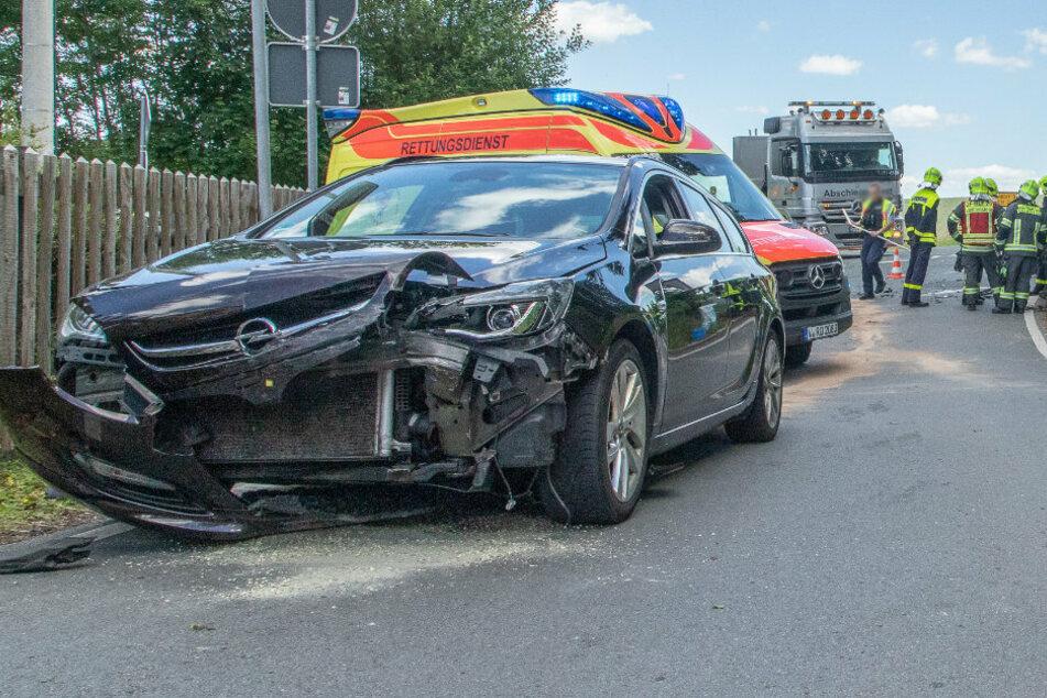 Bei dem Unfall wurden beide Fahrer verletzt.
