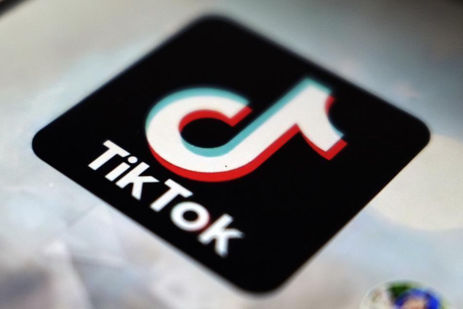 Die App TikTok erwies sich in den letzten Monaten als beliebte Plattform. Auch für seriöse Nachrichtenunternehmen.