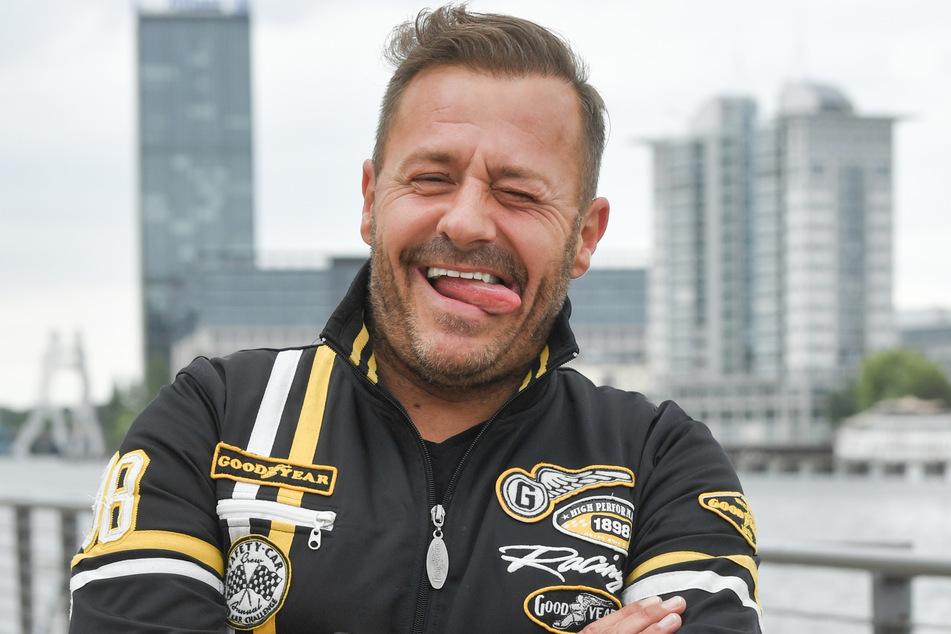Willi Herren (45) erfindet sich neu: Der coronabedingt verhinderte Schlagersänger wird in Zukunft Reibekuchen in einem eigenen Food-Truck anbieten. (Archivfoto)