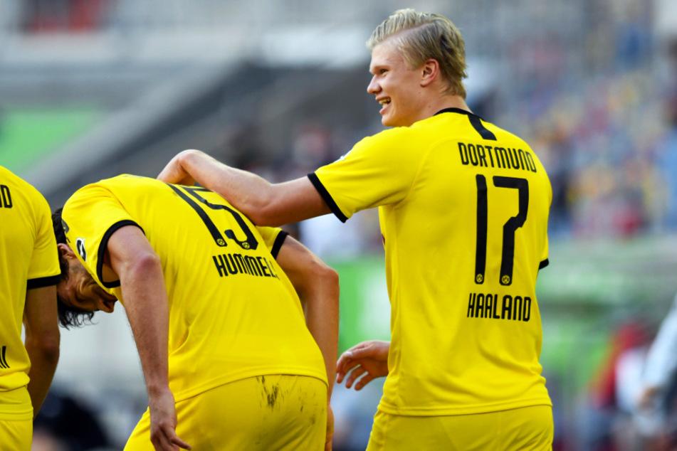 Erling Haaland (r.) sicherte dem BVB mit seinem Siegtor in Düsseldorf die vorzeitige Champions-League-Qualifikation. Gegen Mainz soll er nun in die Dortmunder Startelf zurückkehren.