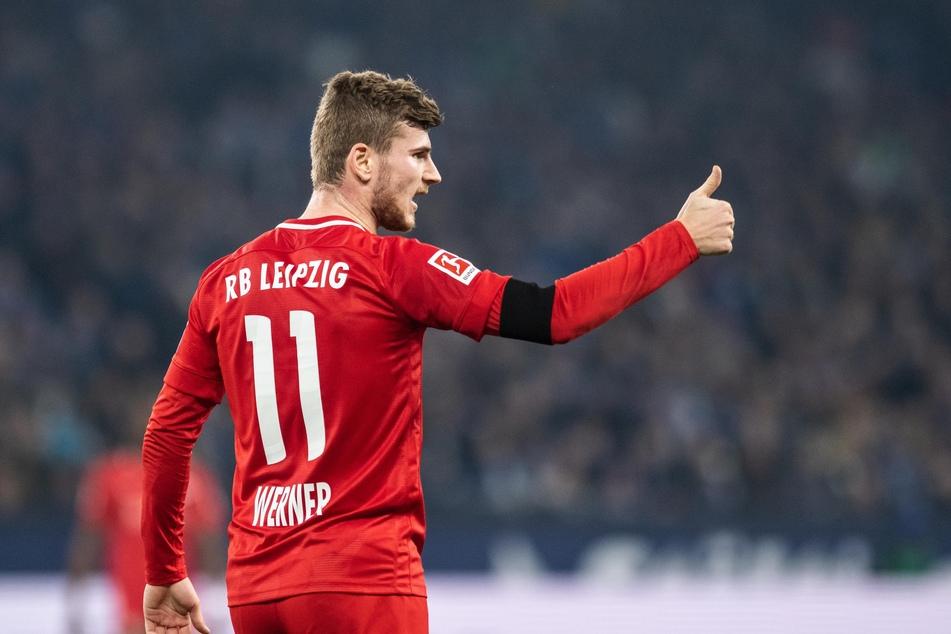 Die ungewöhnliche Absage an den FC Bayern haben die Vermutungen zumindest erhärtet.
