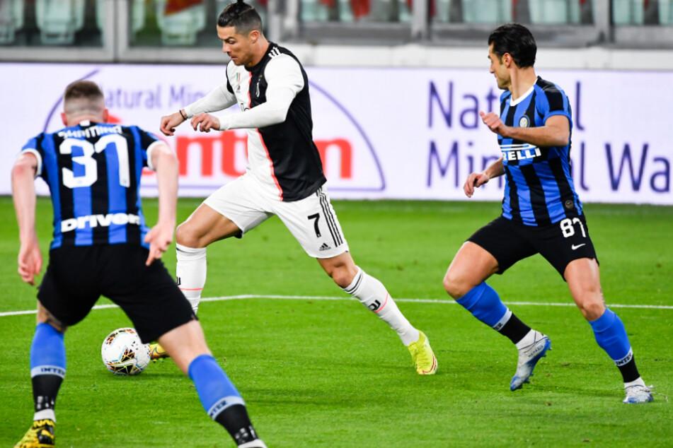 Traf zwar nicht, grüßt mit Juve jedoch wieder von der Tabellenspitze: Cristiano Ronaldo (35).