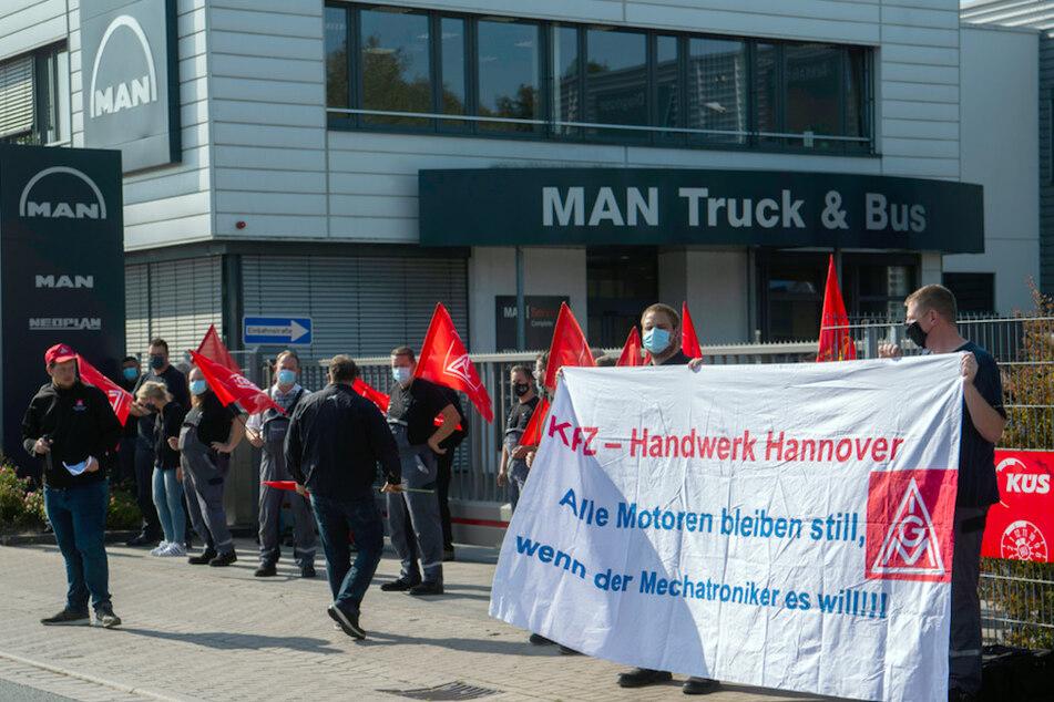 Arbeiter auf den Barrikaden: Streit über Stellenabbau bei MAN eskaliert