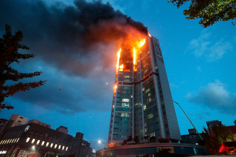 South Korean apartment building goes up in flames and injures dozens