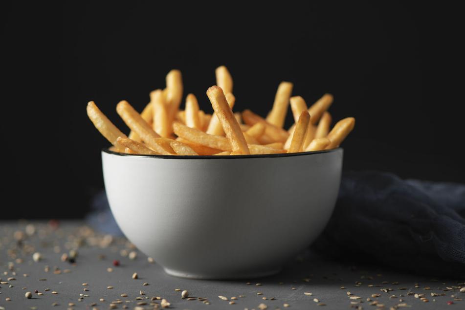 Ob als Beilage oder Hauptgericht: Bei selbstgemachten Pommes Frites wird kaum einer Nein sagen.