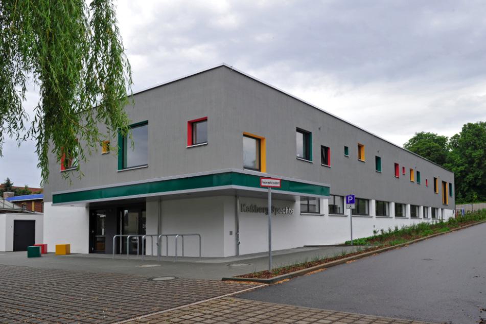 Beim Kita-Bau in der Zinzendorfstraße formte der Elektriker ein Hakenkreuz aus Kreppband.