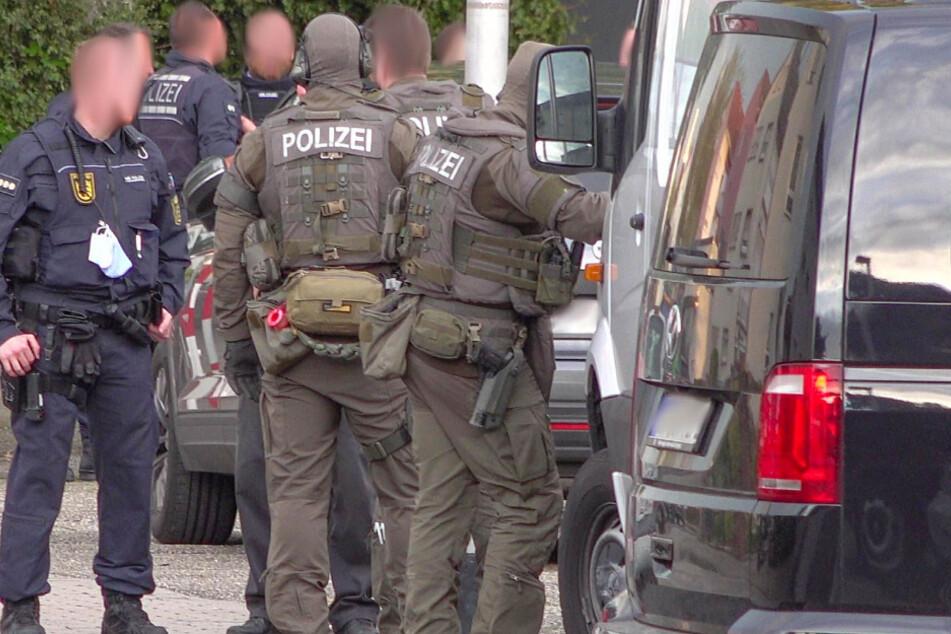 Schüsse in Bruchsal: SEK rückt an!