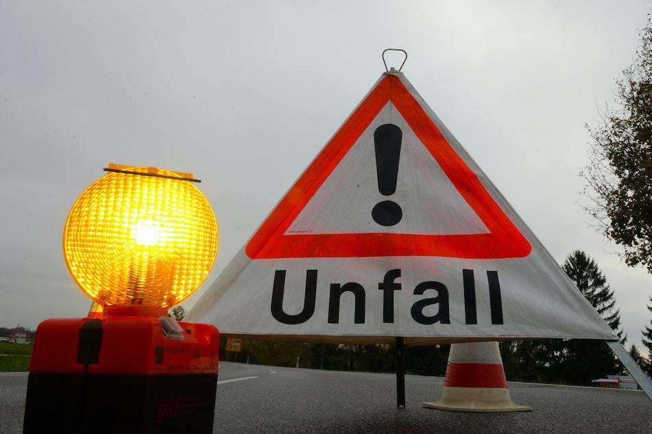 In Niederbayern baute eine Frau mehrere Unfälle. (Symbolbild)
