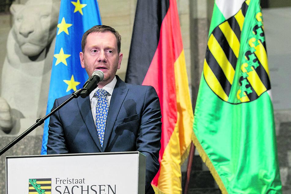 Sachsens Ministerpräsident Michael Kretschmer (45, CDU) stellte am Freitag die neue Corona-Verordnung vor.