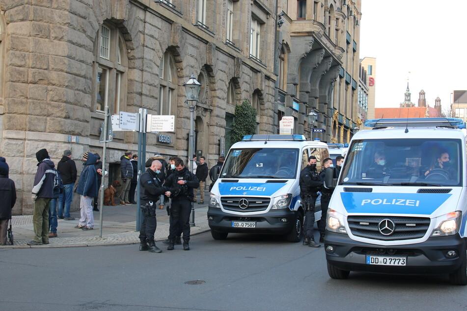 Die Polizei war vor Ort, um die Demonstration zu begleiten.