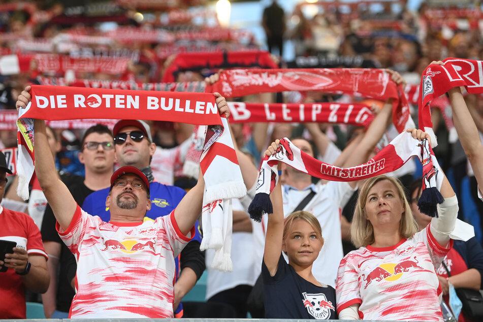 Gegen den FC Bayern München dürfen in der Red Bull Arena wieder 34.000 Fans dabei sein.