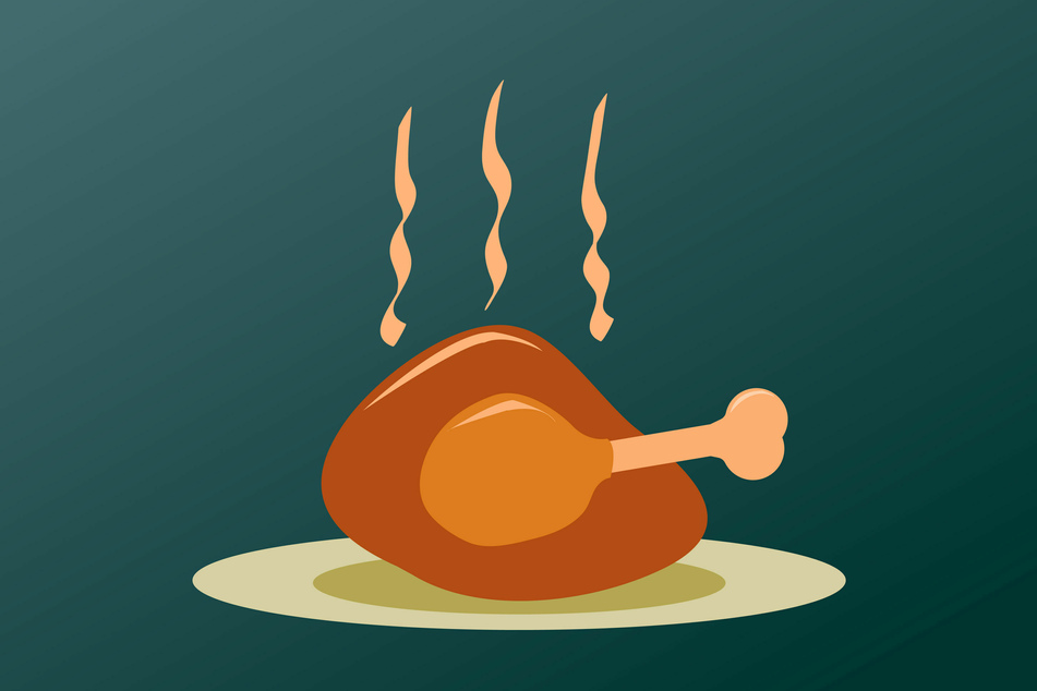 The CDC recommend that you eat your meal outside if you have a Thanksgiving gathering.