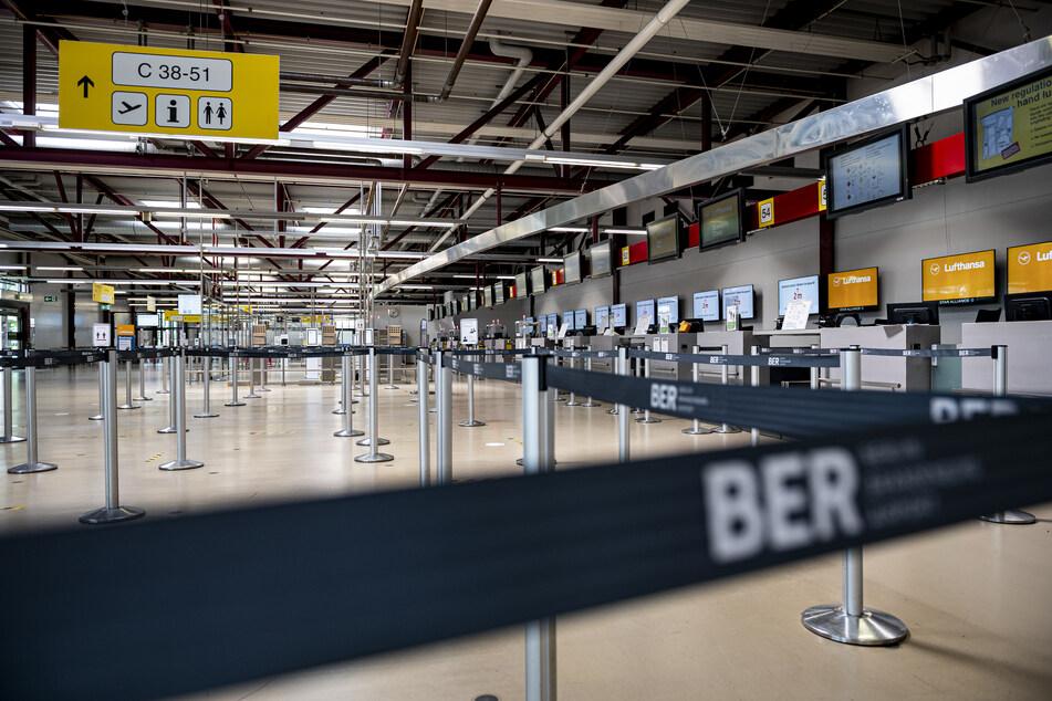 Kommt bald die Maskenpflicht an Flughäfen?