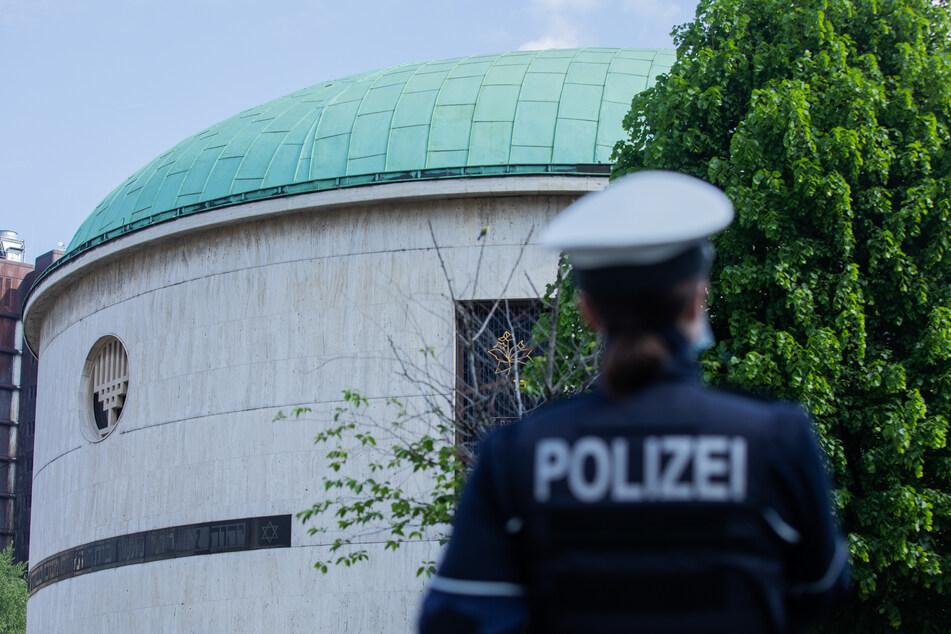 Null-Toleranz-Prinzip: Politiker kündigen nach Synagogen-Angriffen Konsequenzen an