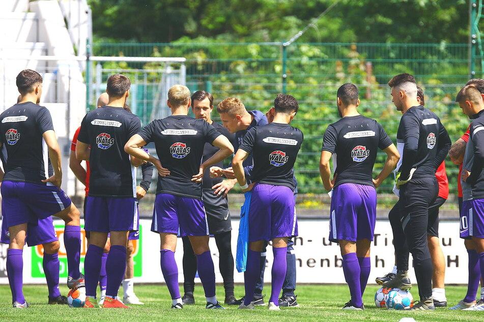FCE-Coach Aleksey Shpilevski (33, M.) wünscht sich von seinen Spielern durchaus auch mal Widerspruch.