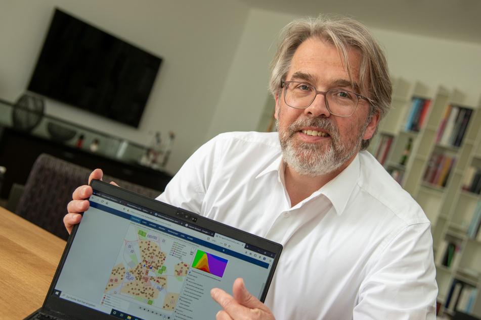 Mit dem Online-Modell einer virtuellen Stadt will Professor Andreas Pyka den Einfluss von bestimmten Maßnahmen auf die Auswirkungen einer Pandemie simulieren.