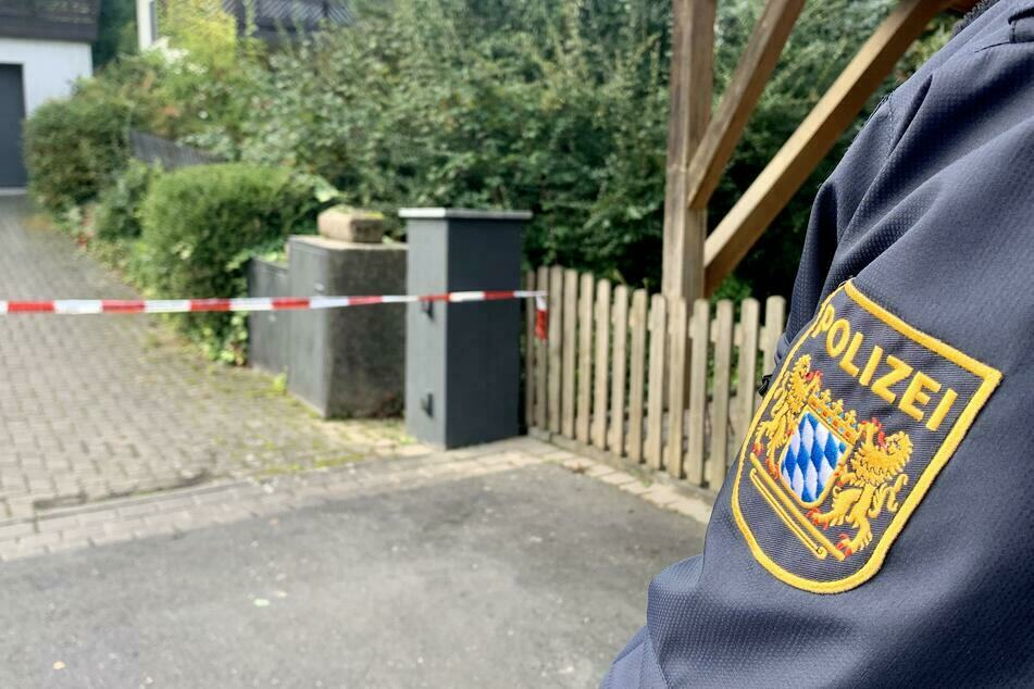 Vater (83) und Tochter (47) sterben nach Gewalteinwirkung: Obduktion gibt weitere Rätsel auf