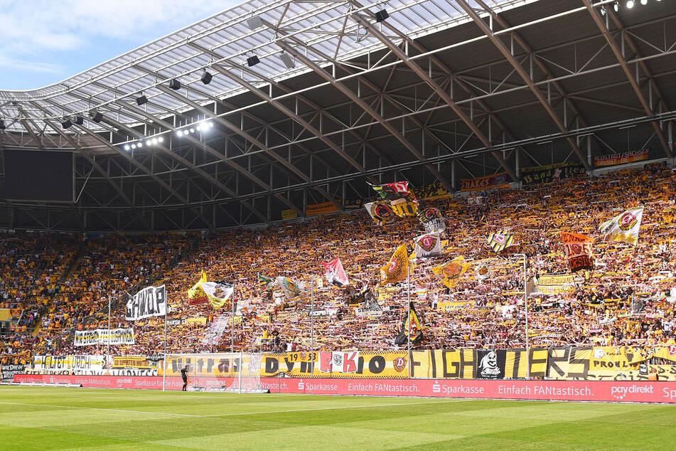 In normalen Zeiten ist der K-Block eine schwarz-gelbe Wand, die jedem Gegner Respekt einflößt.