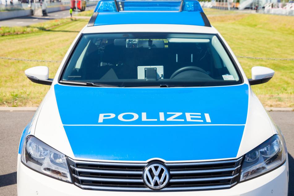 Von dem räuberischen Quartett konnte die Polizei einen 23-Jährigen stellen (Symbolbild).