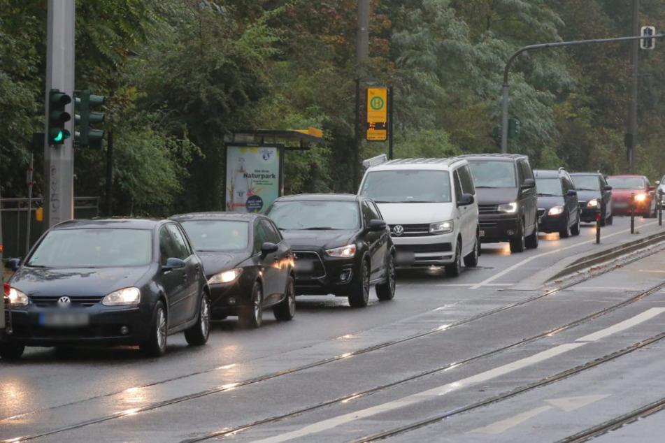 Auf der Bautzner Straße in Dresden staute es sich am Morgen und am Vormittag teils massivst.