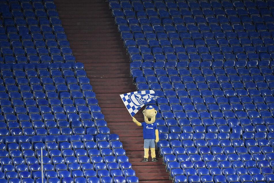 Einsam und allein. Ein Bild mit Symbolcharakter. Wer tut sich Schalke an?