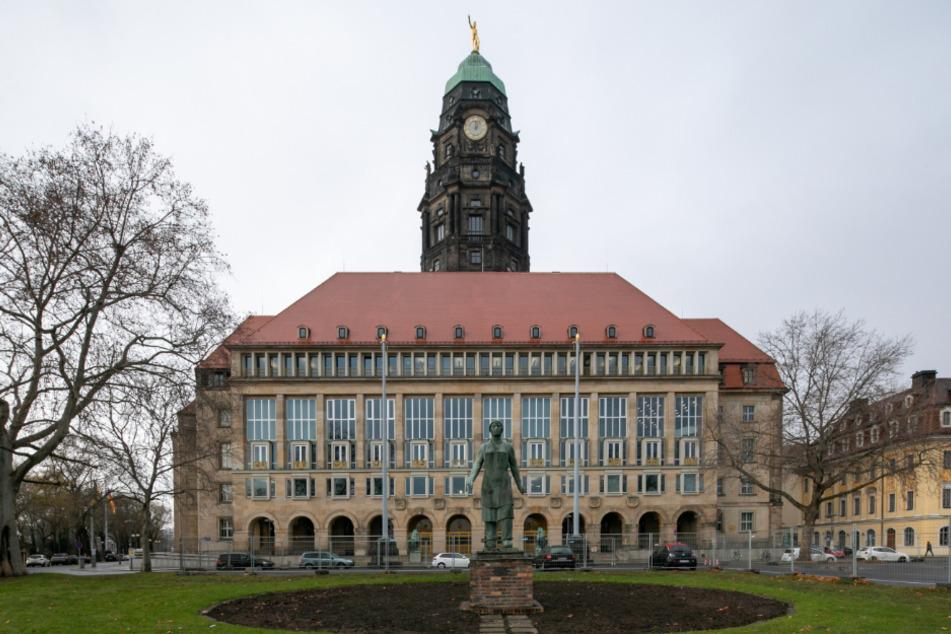 Das Dresdner Rathaus macht seinen Mitarbeitern keine Vorgaben, wo sie ihren Urlaub verbringen dürfen.