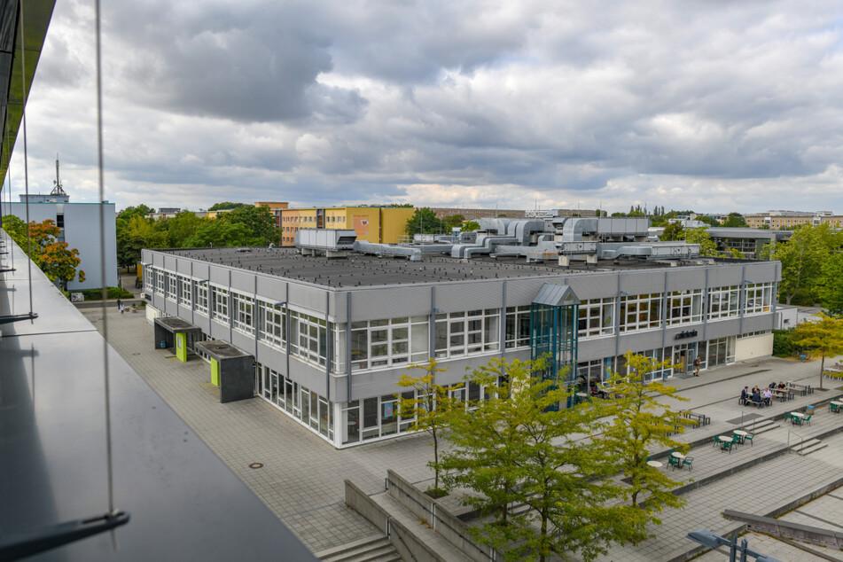 Das Studieren an der Brandenburgischen Technischen Universität Cottbus-Senftenberg (BTU) soll attraktiv und bezahlbar bleiben.