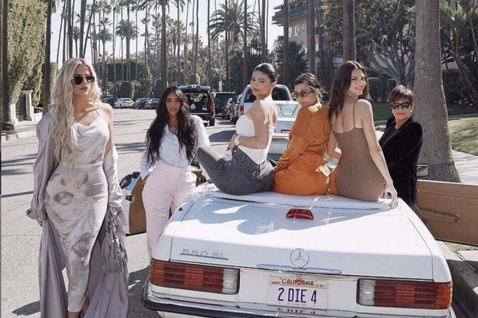 """""""Thank you, just thank you"""": Keeping Up With The Kardashians comes to a bittersweet end"""