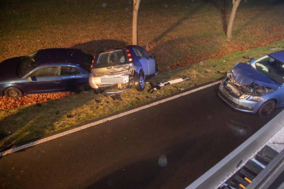 An dem Unfall waren drei Autos beteiligt.