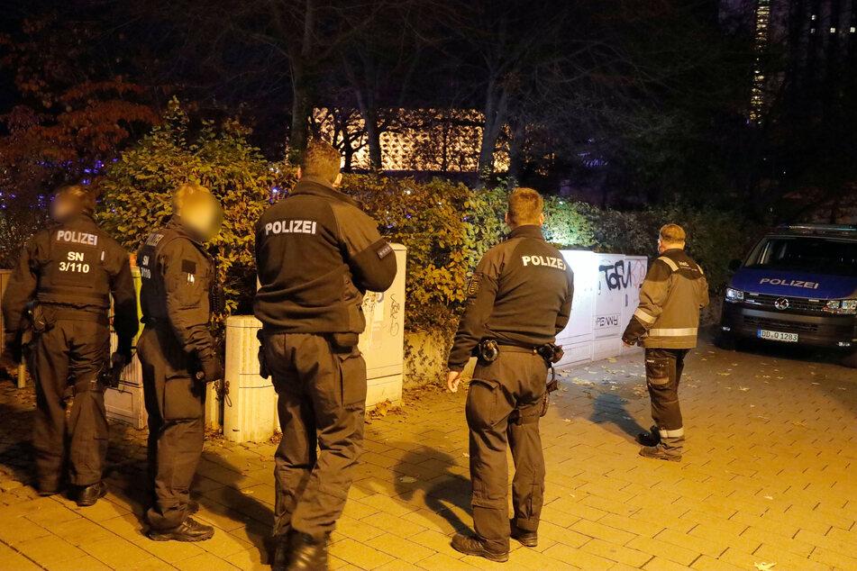 Stundenlange Drogenrazzia in Chemnitz: Am Donnerstag fanden die Beamten ein Drogendepot im Stadthallenpark (Archivbild).