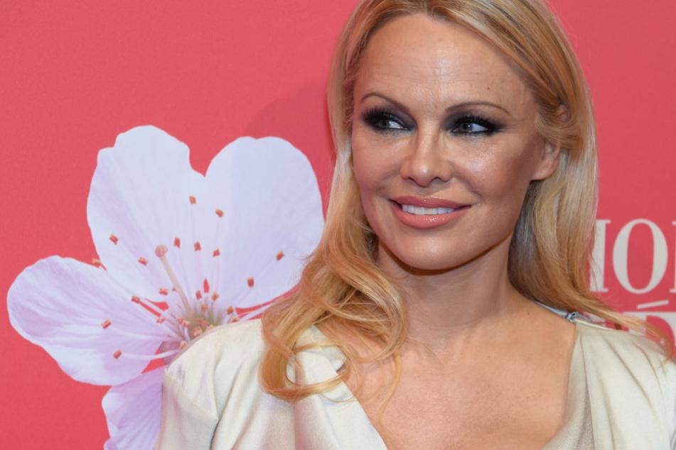 """Heimliche Hochzeit: """"Baywatch""""-Legende Pamela Anderson ehelicht ihren Bodyguard"""