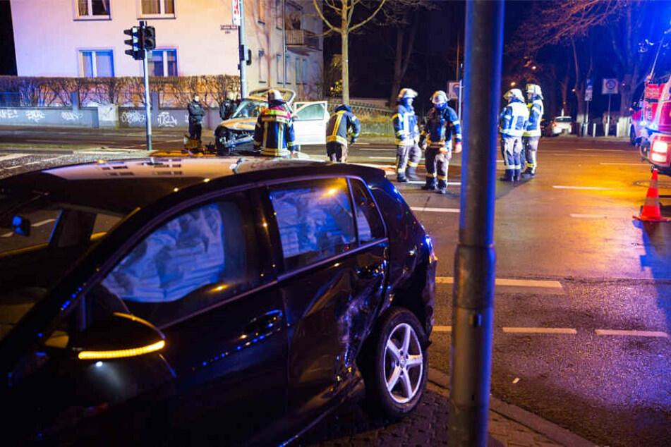 Einsatzkräfte von Polizei und Feuerwehr waren im Einsatz.