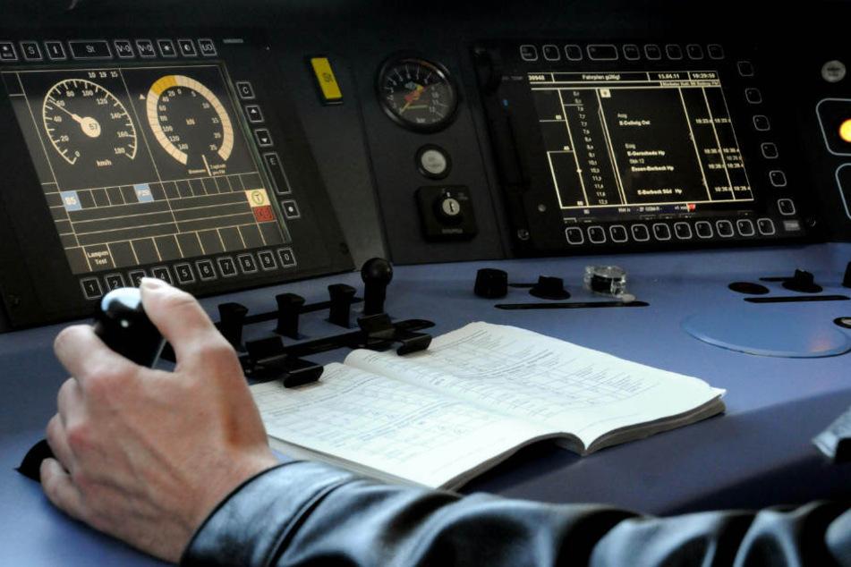 Recruiter der Deutschen Bahn suchen nach Quereinsteigern für den Lokführer-Job.