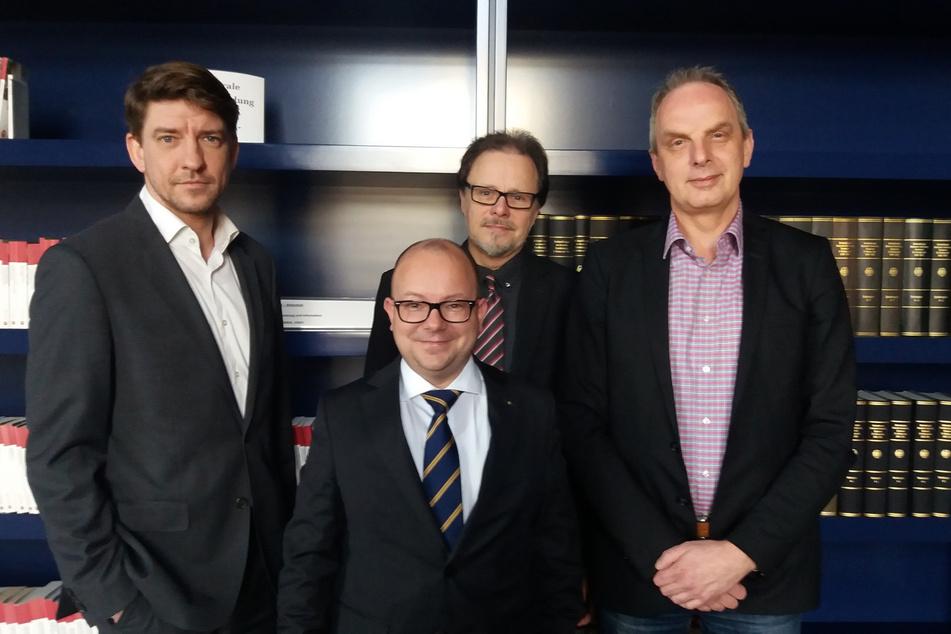 Michael Leutert (v.l.n.r.), Frank Müller-Rosentritt, Frank Heinrich und Detlev Müller setzten sich im Bundestag für eine bessere Bahnanbindung ein.