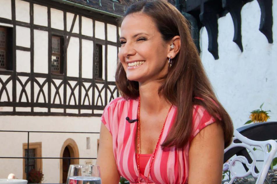 """Moderatorin Katrin Huß hier in guten Zeiten bei """"Hier ab Vier""""."""