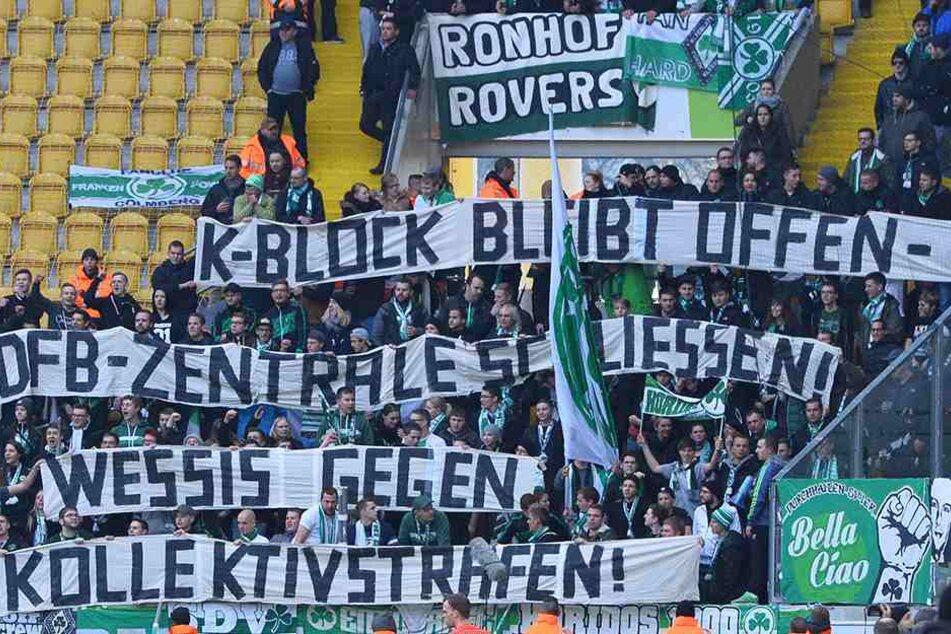 Mit diesem Spruchband solidarisierten sich die Fürth-Fans mit Dynamo.