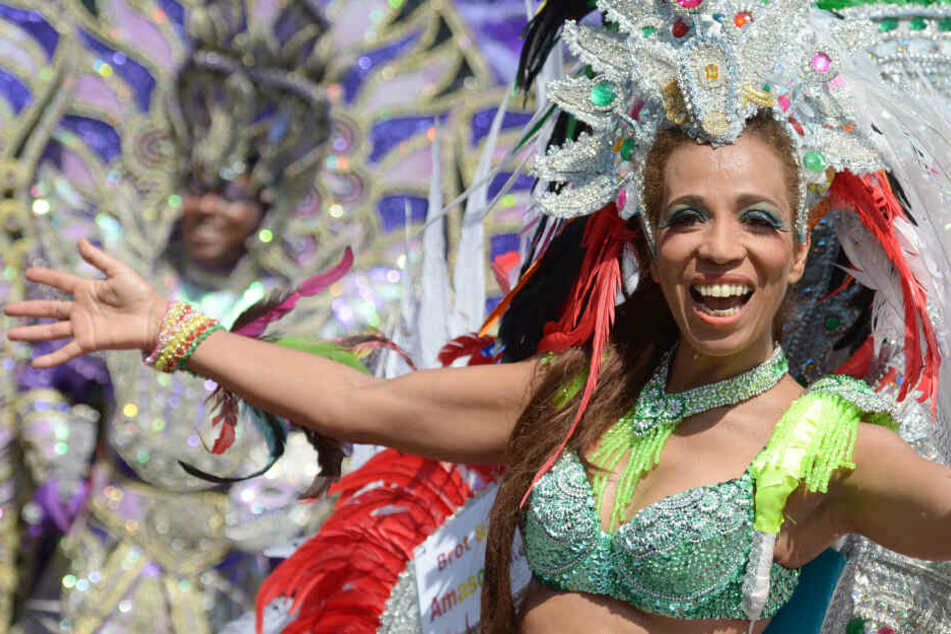 Der Karneval der Kulturen lockt Tänzer aus aller Welt in die deutsche Hauptstadt.